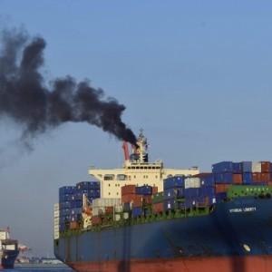 Δορυφόρος βλέπει για πρώτη φορά την αέρια ρύπανση που προκαλεί ένα πλοίο