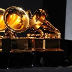 Αναβλήθηκε για τον Μάρτιο η τελετή απονομής των βραβείων Grammy