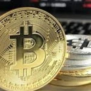 Πέταξε κατά λάθος σκληρό δίσκο με πάνω από 200 εκατ. λίρες σε bitcoins
