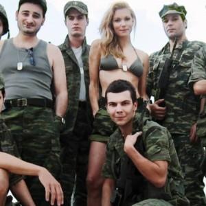 «Λούφα και Παραλλαγή: Σειρήνες στο Αιγαίο» του Νίκου Περάκη στο MEGA