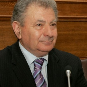 Νεκρός βρέθηκε ο πρώην υπουργός Σήφης Βαλυράκης