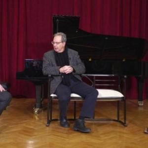 Οι «Μουσι-ΚΩΘ-τροπίες» στην TV100 υποδέχονται τον Δημήτρη Πάτρα