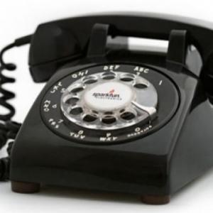 Tηλεφωνικές γραμμές ψυχοκοινωνικής υποστήριξης για θύματα βίας
