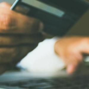 Το ηλεκτρονικό εμπόριο ανθεί, όμως, πόσο ασφαλείς είναι οι καταναλωτές;