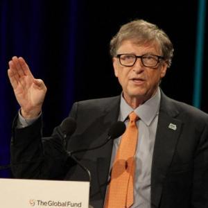 Λίγο πριν το 2023 βλέπει το τέλος της πανδημίας ο Bill Gates