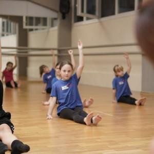Κινητική performance «Συνάντησέ με μετά τις 19.00» από παιδιά 9 έως 13 ετών