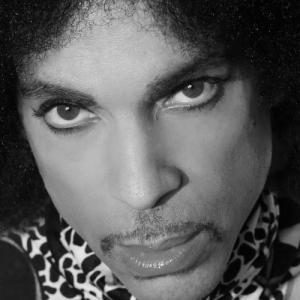 Έρχεται ακυκλοφόρητος δίσκος του Prince «Welcome 2 America»