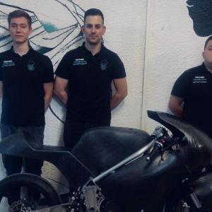 H Metron στηρίζει την ομάδα του Αριστοτελείου Πανεπιστημίου Panther Racing Auth