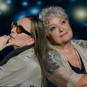 Η Τάνια Τσανακλίδου και η Λίνα Νικολακοπούλου στο Βεάκειο και στο Κατράκειο Θέατρο