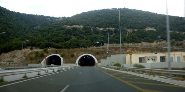 Κλειστή η Εθνική Οδός Θεσσαλονίκης - Αθηνών λόγω έργων