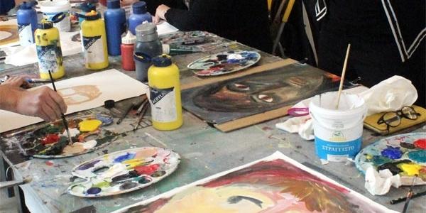 Καλλιτεχνικά τμήματα για ανέργους στη Νεάπολη