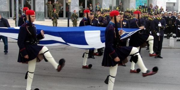 Ζωντανά η στρατιωτική παρέλαση στη Θεσσαλονίκη