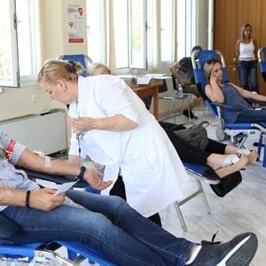 Με 143 μονάδες ενισχύθηκε η Δημοτική Τράπεζα Αίματος του δήμου Νεάπολης-Συκεών