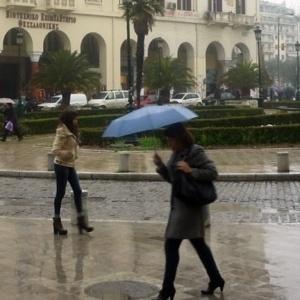 Βροχές και ισχυροί άνεμοι σήμερα στη Θεσσαλονίκη
