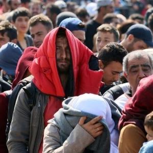Χαλάνδρι: Συλλογή ρούχων, φαρμάκων και τροφίμων για τους πρόσφυγες
