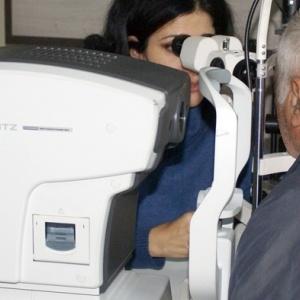 Γάλλοι ερευνητές βρήκαν σημαντικές ανωμαλίες στα μάτια   ασθενών με σοβαρή Covid-19