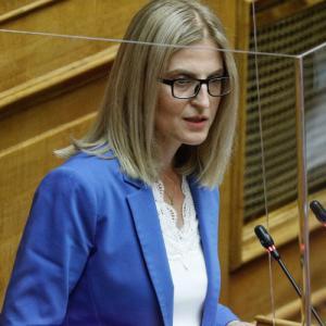 ΣΥΡΙΖΑ: Ζητάει να αποδοθούν ευθύνες για τους παράτυπους εμβολιασμούς