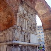 Αψίδα Γαλερίου (Καμάρα) © goTHESS.gr