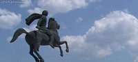 Το άγαλμα του Μεγάλου Αλεξάνδρου με φόντο τον ουρανό © goTHESS.gr